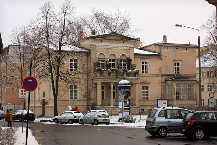 a small mansion in the Potsdam downtown
